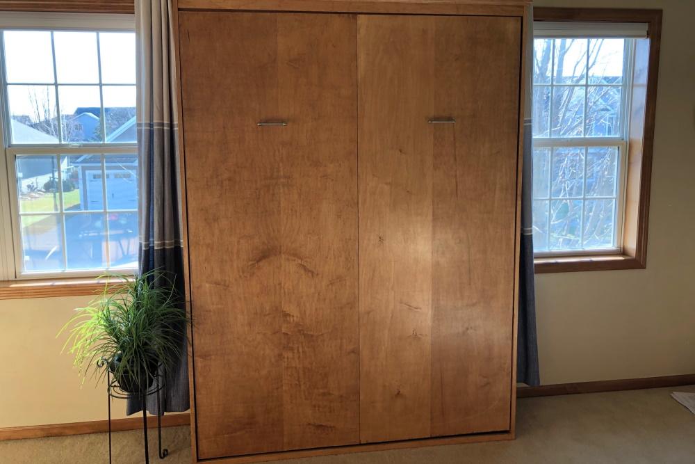 Easy-DIY-Murphy-Wall-Bed-Slider-004