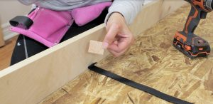 installing the mattress strap on wall bed step 4
